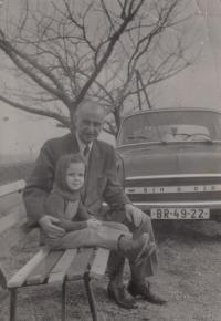 David Kabzan with his grandfather Schneewess, 1972