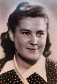Anna Schreiberová before taking the veil