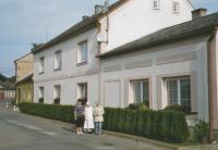 Schreiber´s house in Vranová Lhota. The sister-in-law, Karla Schreiberová, on left, sister Marie and the witness, Anna Schreiberová