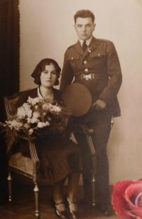An officer John Jirouch with his wife, who shot himself in March 1939 and whose son John Jiraucha was killed by the Germans on May 7, 1945 in Vranová Lhota.