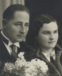 Karabel František and Jarmila, wedding photo