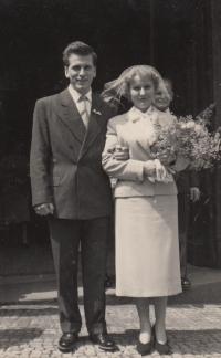 Hana Krusinova wdding 1956