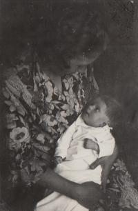 Hana July 1934, Hana 3 month old