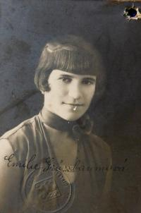 Mother Emilie Grünbaumová (Fischerová) in 1931