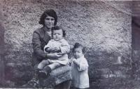Mother Emilie Fischerová with twins Jiří and Josef