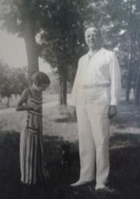 Zorica Dubovská with daddy