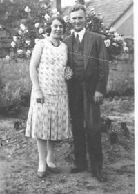 Parents of the wintess in the garden at Loucká, 1931