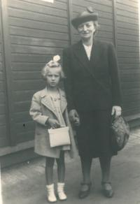 The witness with her granny from Loucká on the way to start going to school, Prague, 1941
