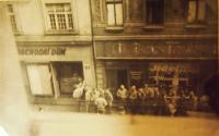 American soldiers in Pilsen, Prešovská street, 1945
