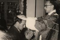 Ludvík Armbruster at his First Mass as a priest, giving his blessings to his brother, Frankfurt am Main, 1959