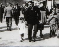 S tatinkem na Vaclavaku před válkou