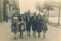 30. 6. 1941 rodina Szulcových, již bez otce