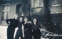 1949, Skaut, Bibiana vpravo