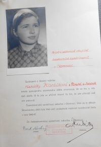 Acknowledgements Květoslava Bartoňová from the Czechoslovak Society, the witness arranged stay in Olomouc in the years 1946 to 1947 for 42 children from the valley of death at the Dukla Pass