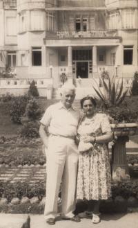 Parents Blanka and Dezider Róna in Luhačovice, 1957