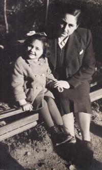 With mum, Tisovec 1942
