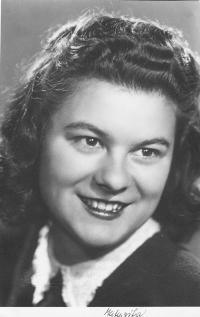 Dagmar Prochazkova, nee Weitzenbauerova in 1945