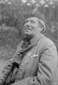 Grandpa of Dagmar Procházková nee Weitzenbauerové, he is co-founder of Sokol in Střešovicíh