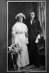 Robert's gradmother and grandfather,  Érsekújvár 1907