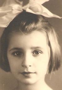 Portrait of Milena, Prague 1942