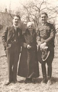Granny Krajinová with her son Manek (left) and grandson Maneček (right), Slavice 1939