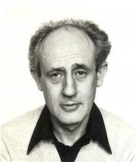 Vilmos Sós, philosopher, 1982