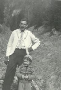 With his son in Gader Valley 1957