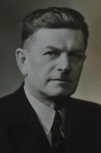 01 - father Frantisek Reindl born 1896