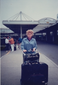 Otawa airport, 1990, on the way to San Francisco to see prof. Stanislav Grof