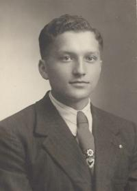 1936 - portrait photo