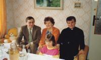 1984-visiting family in Dolní Bojanovice. Peter Esterka whit the sister Anežka, cousin Vojtěch and niece Jitka