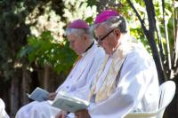 2013 - Petr Esterka and Václav Malý, bishop, who was in 2012 appointed delegate the CBK for Czechs living abroad