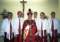 2001 - Petr Esterka with dulcimer Zádruha from the Dolní Bojanovice on one of the large meeting compatriots