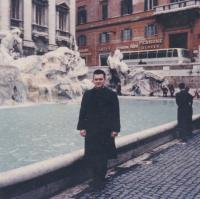 1967 - Petr Esterka and the Trevi fountain in Rome