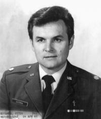 1981 - Petr Esterka, air force portrait