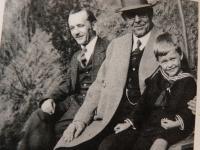 Three generation of families Ješ