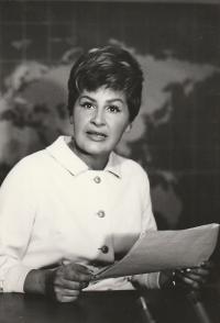 Czechoslovak Television newscaster, 1967