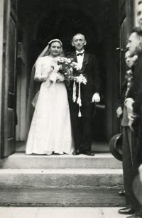 Wedding picture of Erika's parents / Bolatice 1936