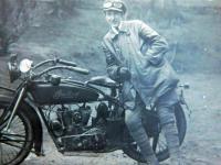 S první motorkou