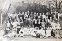 At school in Malín in Volhynia. Viktor Hnízdil fourth from right in the top row