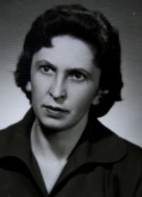 Věra, Prague, late 1940s