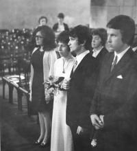 Witness´first wedding; right left Irena Gerová as a witness; Prague, Oldtown Hall; 1972