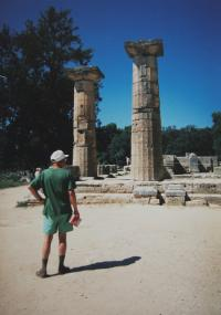 """""""Small Frolík facing history"""" - Jan Frolík on holidays with the witness in Olympia; Greece in 1995"""
