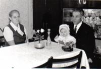 Martin Tadian with his second wife and a granddaughter