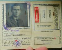 Osobní doklad Josefa Rabenseifnera, který se před přechodem za hranice ukrýval u rodiny Knápkovi a zanech tam všechny doklady