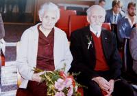 Rodiče Ludmila a Jaroslav Knápkovi během pětašedesátého výročí svatby v roce 1988