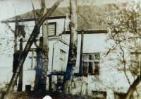 Žilkův mlýn u Velké nad Veličkou v sedmdesátých letech minulého století, kde rodina za války ukrývala vysílačku a Františka Bogataje a kde bydlí Bronislav Knápek