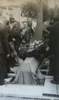 Burial of the Russian officer