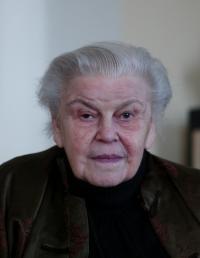 Mrs. Černá - contemporary portrait