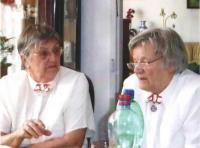 Hana with Dáša Housková at the celebration of the Řád stříbrného trojlístku, Prague 2015